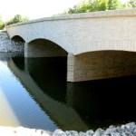 Milwaukee River bridges