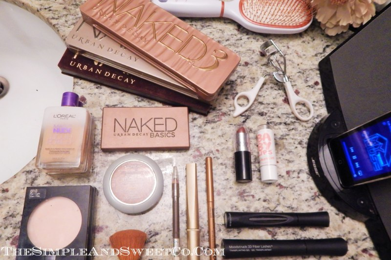 Lay Out Makeup