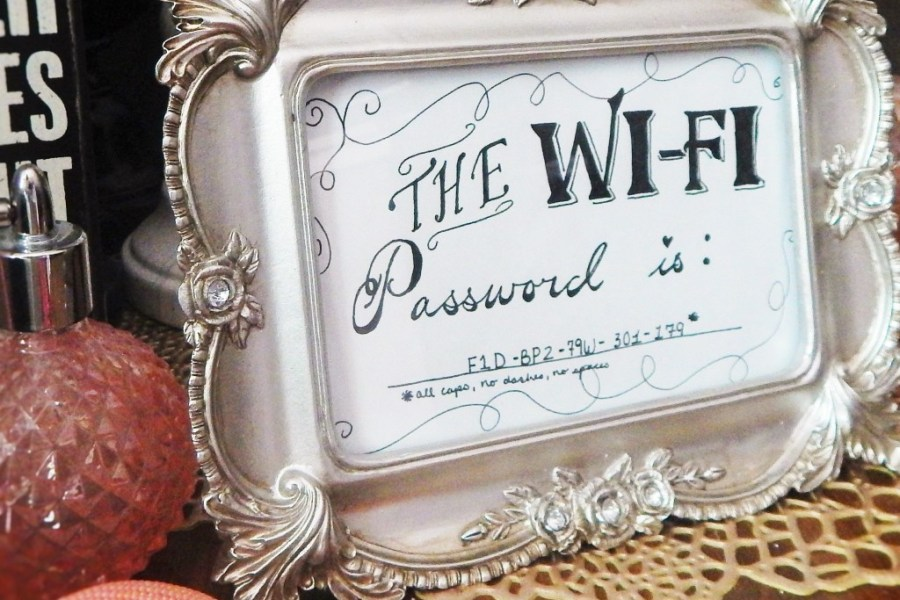 WiFi Frame Decor Hack