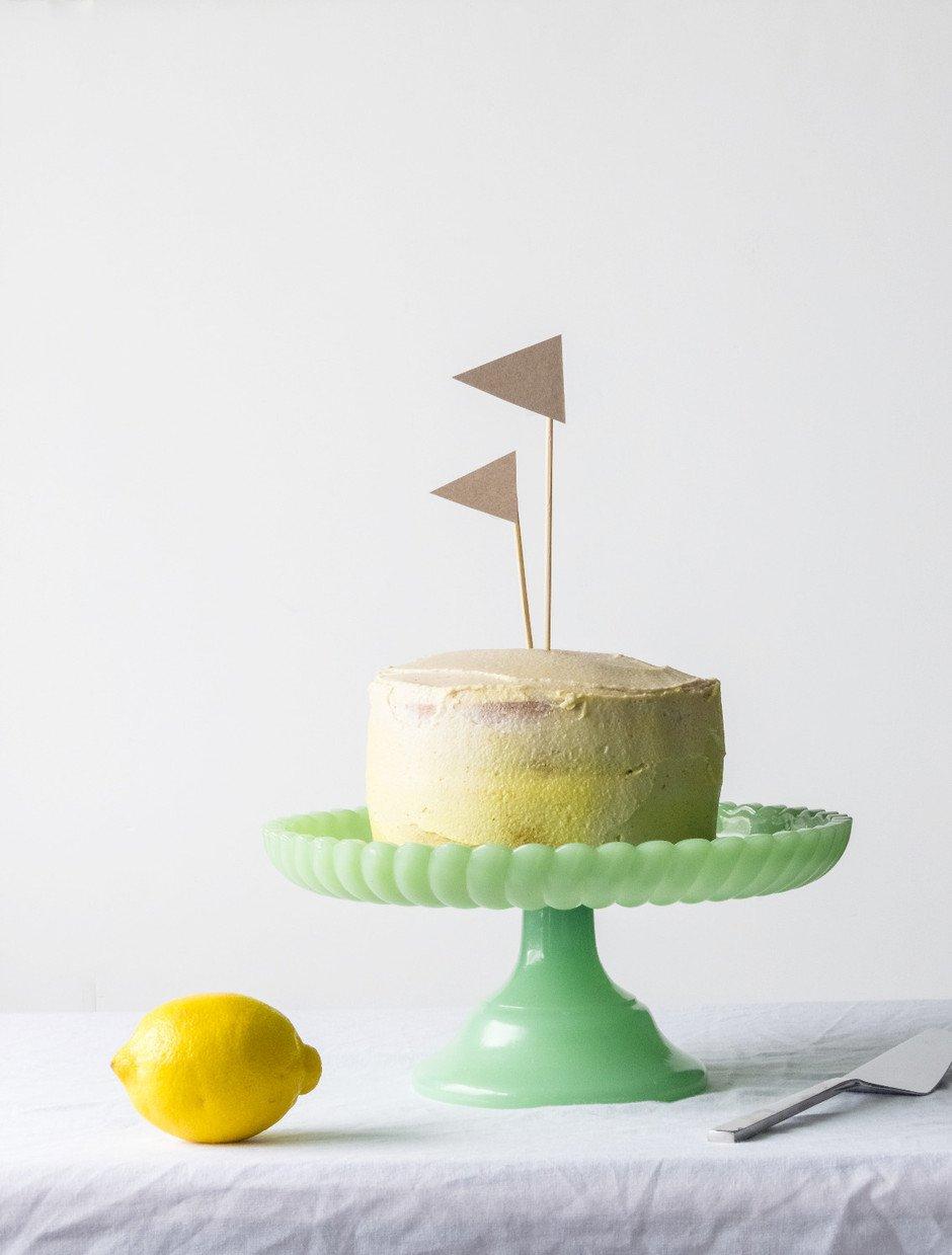 Mini Lemon Cake - The Simple Green