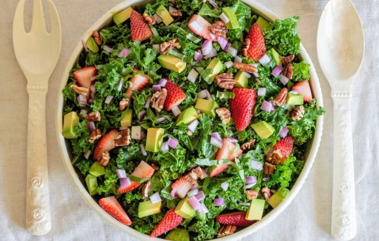 Kale Salad with Strawberry Balsamic Dressing | Whole 30, Vegan