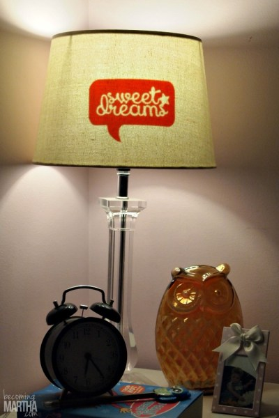 Pretty up a lampshade with this vinyl decal lampshade hack! A five minute fix that uses leftover vinyl scraps!