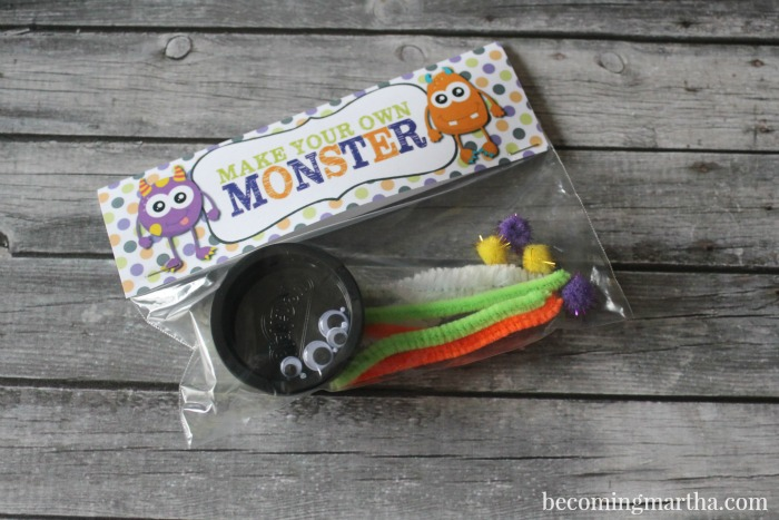These adorable little Halloween Play Doh Monster Kits are the perfect treat for the classroom this October - or make them up as favors for a Monster Birthday Party!