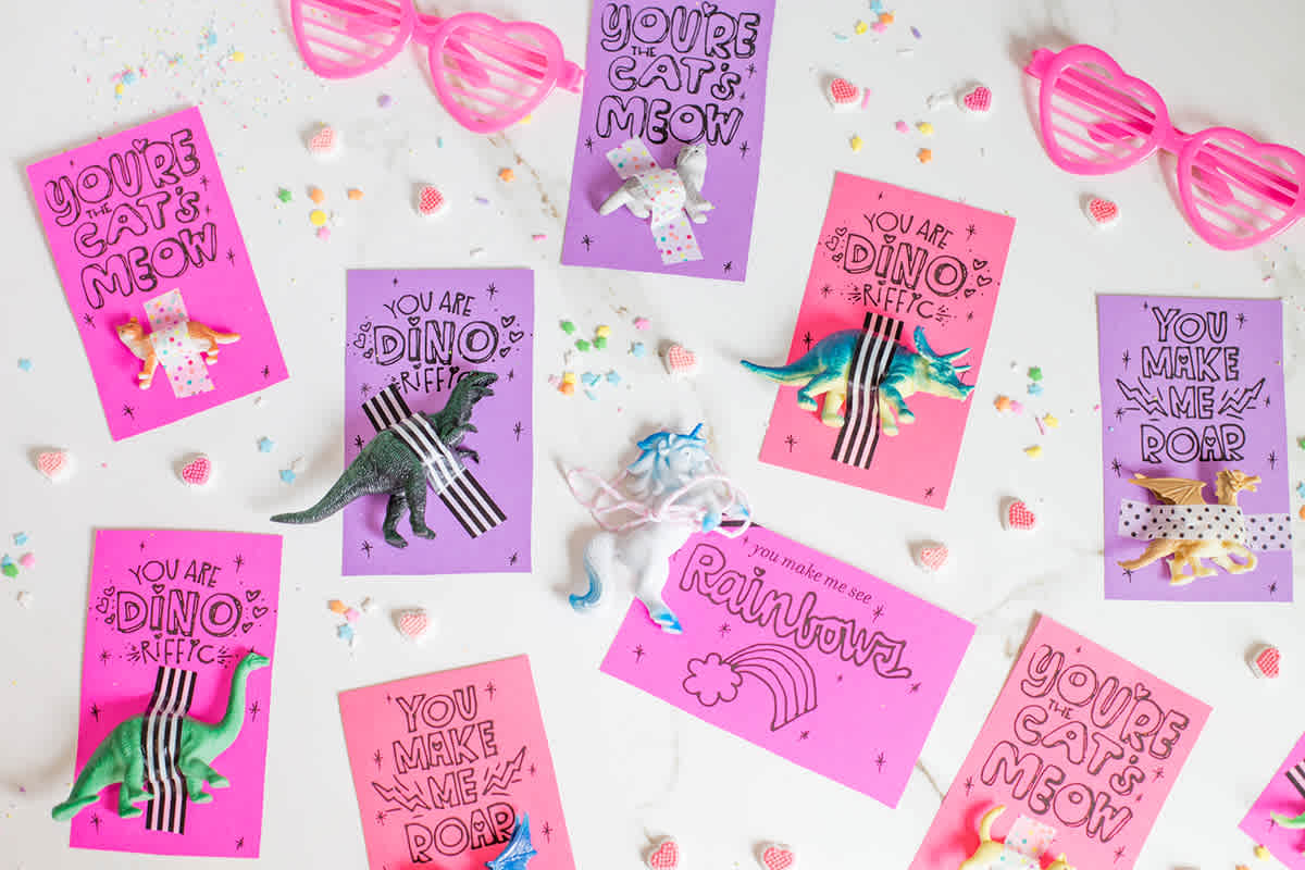 Looking for great candy free valentines for your child to share with his or her class? These 25+ options all come with adorable printables for you!
