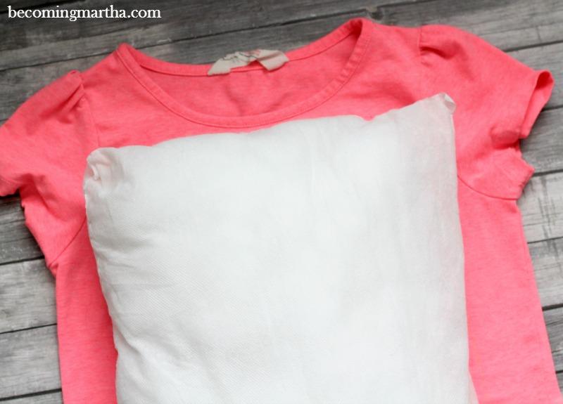 Measuring shirt to make pillow