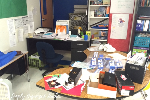 Classroom Makeover- Structures and routines to help create a classroom that is organized and spacious.