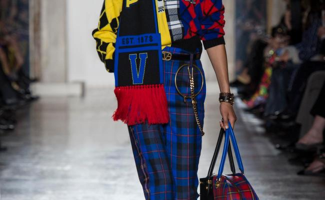 Versace Fall Winter 2018 Women S Collection The Skinny Beep