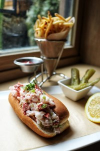 Flex Mussels Lobster Roll