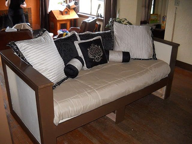 diy daybed sofas black and white striped sofa slipcover 37 of the best ideas sleep judge build a