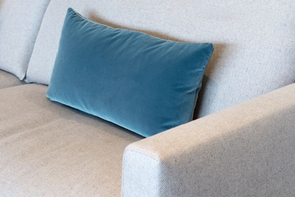 bed pillow sizes and dimensions