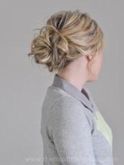 messiest of buns hair tutorial