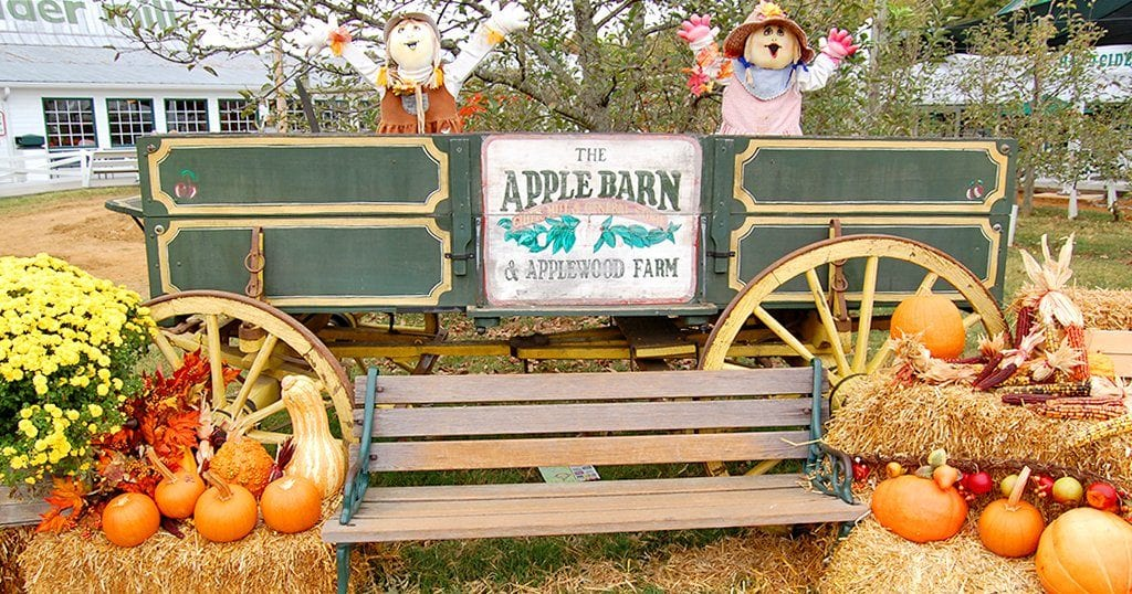 Photo op at the Apple Barn