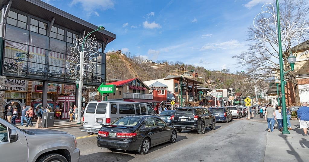 Traffic in Gatlinburg during peak times can back up for miles (photo by Morgan Overholt/TheSmokies.com)