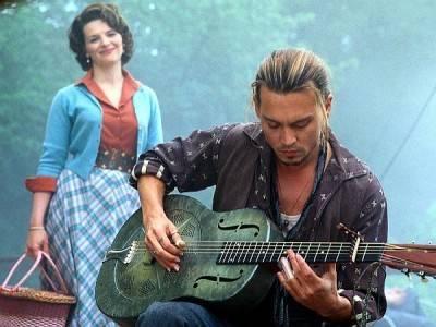 Juliet Binoche Johnny Depp image Chocolat movie