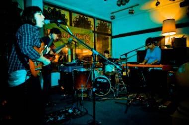 Braids at Lo Pub Winnipeg