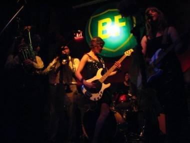 Secretaries band