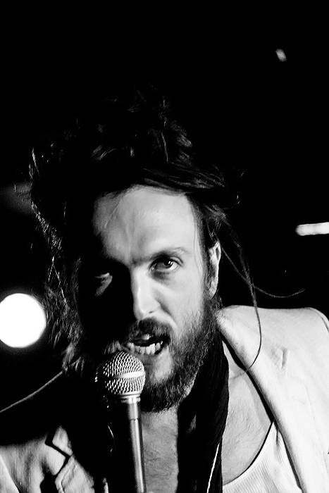 Alex Ebert with Edward Sharpe and the Magnetic Zeros photo