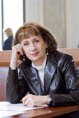 Joy Fielding author interview
