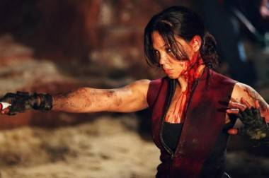 Natalie Mendoza in The Descent 2