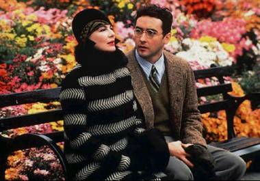 Dianne Wiest and John Cusack in Bullets Over Broadway (1994).