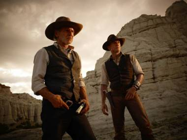 Harrison Ford and Daniel Craig in Cowboys & Aliens (2011).