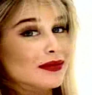 Bobbie Brown in 'Cherry Pie' video