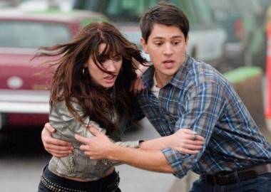 Nicholas d'Agosto and Jacqueline MacInnes Wood in Final Destination 5.