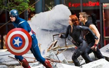 Captain America Hawkeye Black Widow Avengers movie