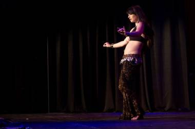 April Rose bellydance