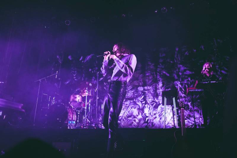 BØRNS at the Vogue Theatre, Vancouver, Jan 20 2018. Kelli Anne photo.