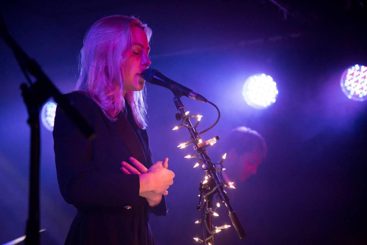 Phoebe Bridgers at the Cobalt Cabaret, Vancouver, Apr 24 2018. Kirk Chantraine photo.