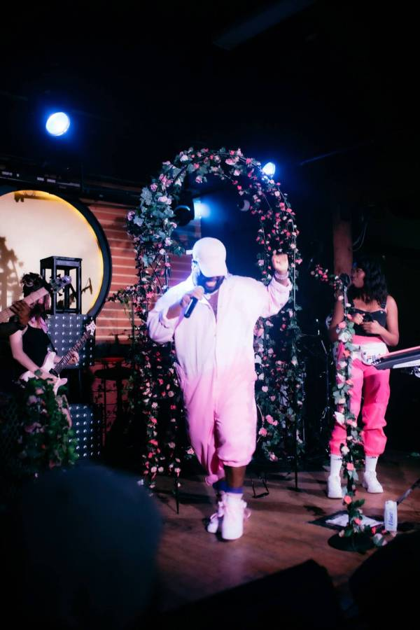Pink Sweat Fortune Sound Club - Snipe