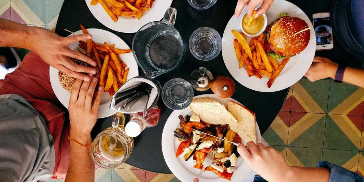 6 Easy Tips That Will Help You Cut Calories Without Noticing