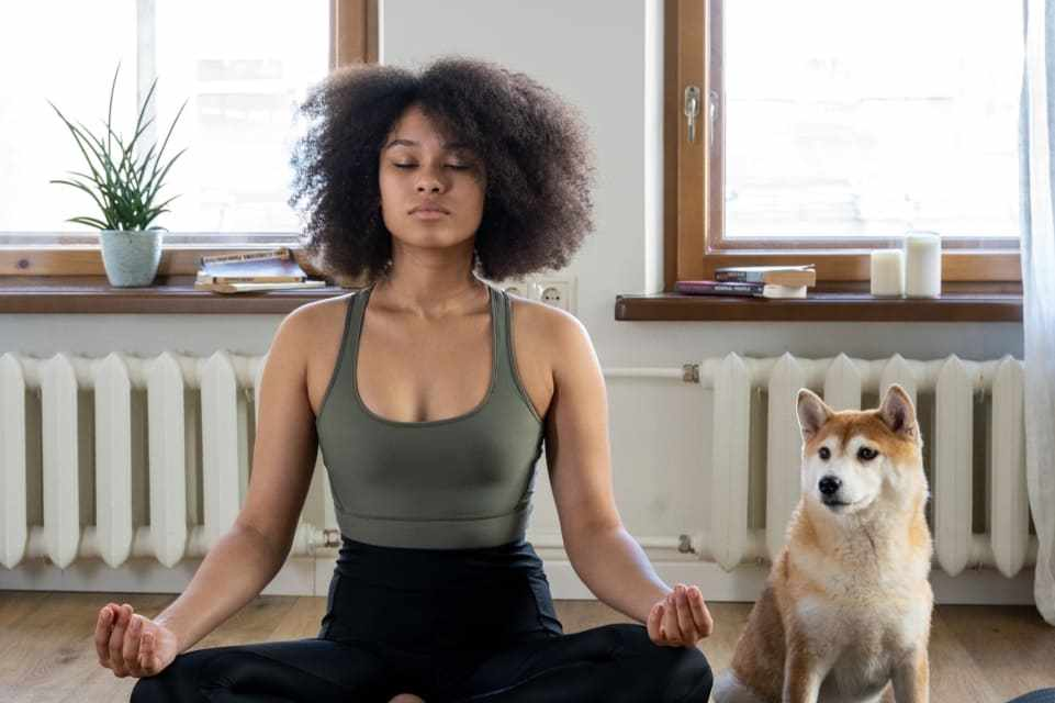 14 Benefits of Meditation In The Workplace by @MariannePadjan