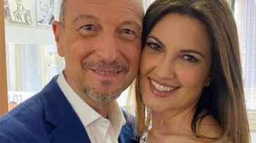 Giovanna Civitillo racconta la vita con Amadeus e spiega perché hanno un solo profilo Instagram