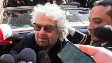 """Beppe Grillo contro Conte, nuovo video del garante M5S: """"Non sono padre padrone, sono papà col cuore"""""""