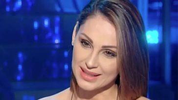 """Anna Tatangelo, dolorosa confessione su Gigi D'Alessio: """"Ho sofferto, lo chiedeva anche nostro figlio"""""""