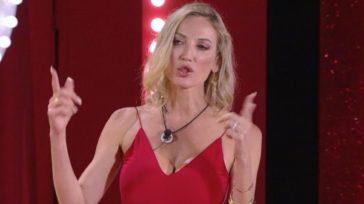 Valentina Nulli Augusti attaccata dagli haters: lo sfogo dell'ex concorrente di Temptation Island su Instagram