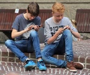 Playing phone