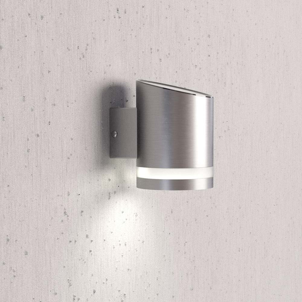 Truro Solar Wall Light