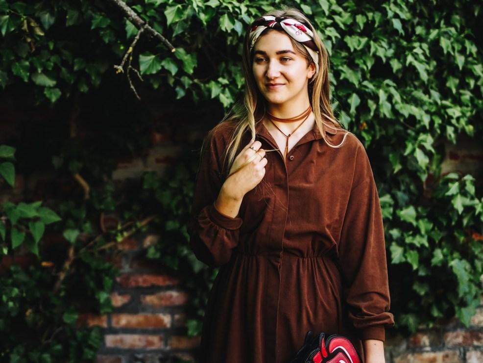 Vintage Kleid modern kombinieren