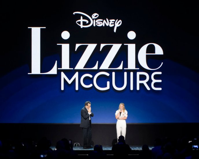 Hilary Duff Introduces the new Lizzie McGuire series coming to Disney+ on November 12.