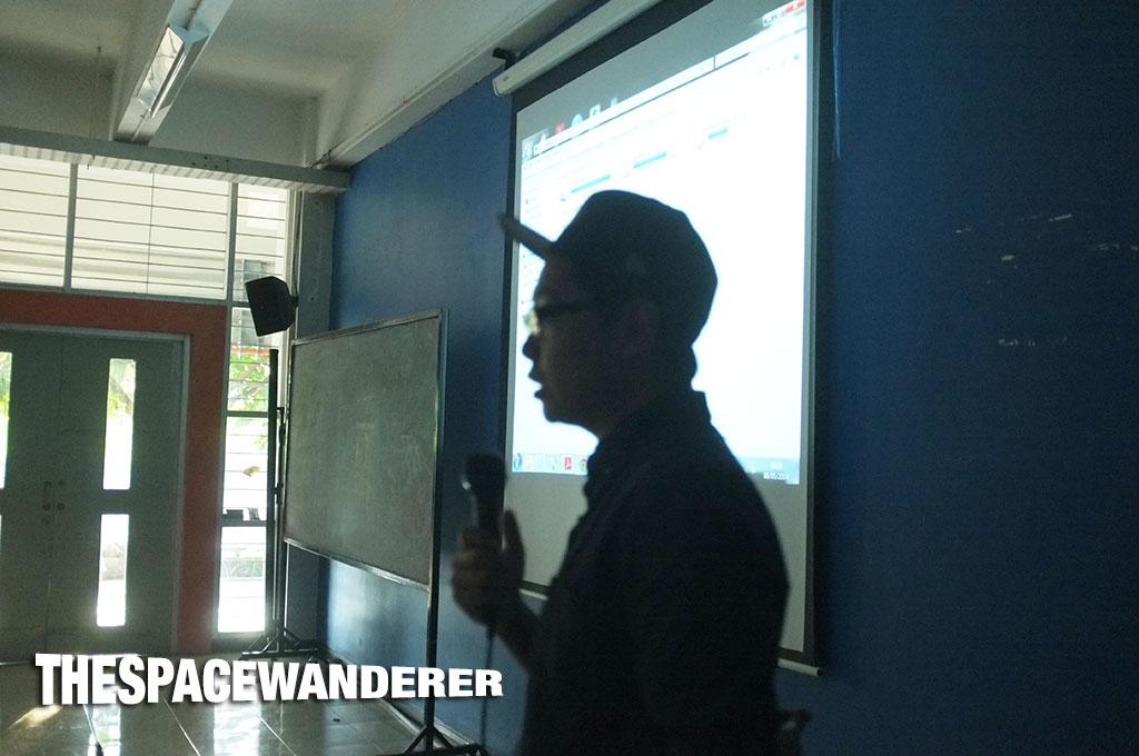 Paulus Hyu in front of ITS kids in Surabaya