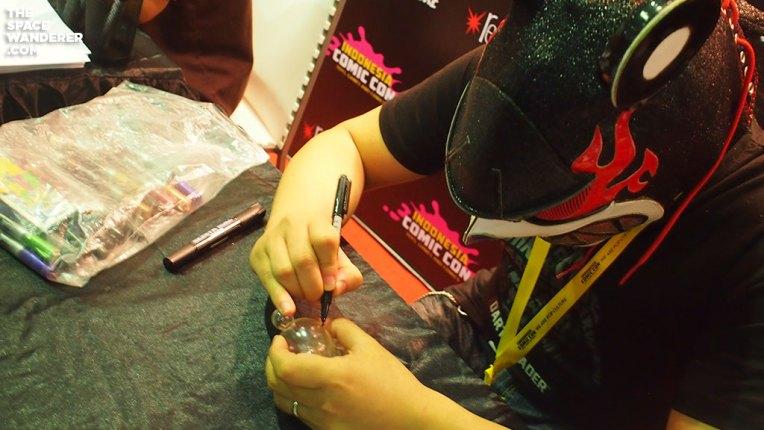 Touma signing my figure