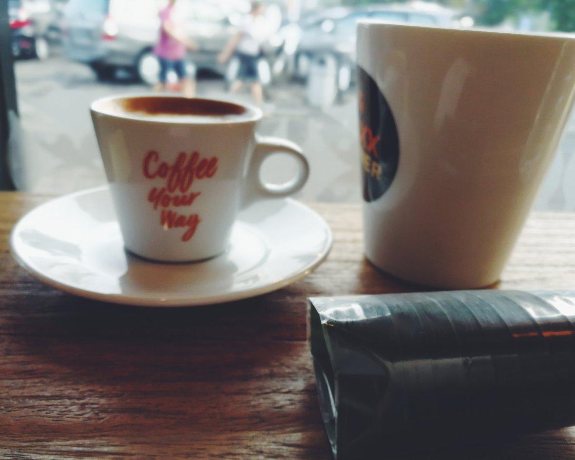 Coffee shop di Stasiun Kereta Bandung