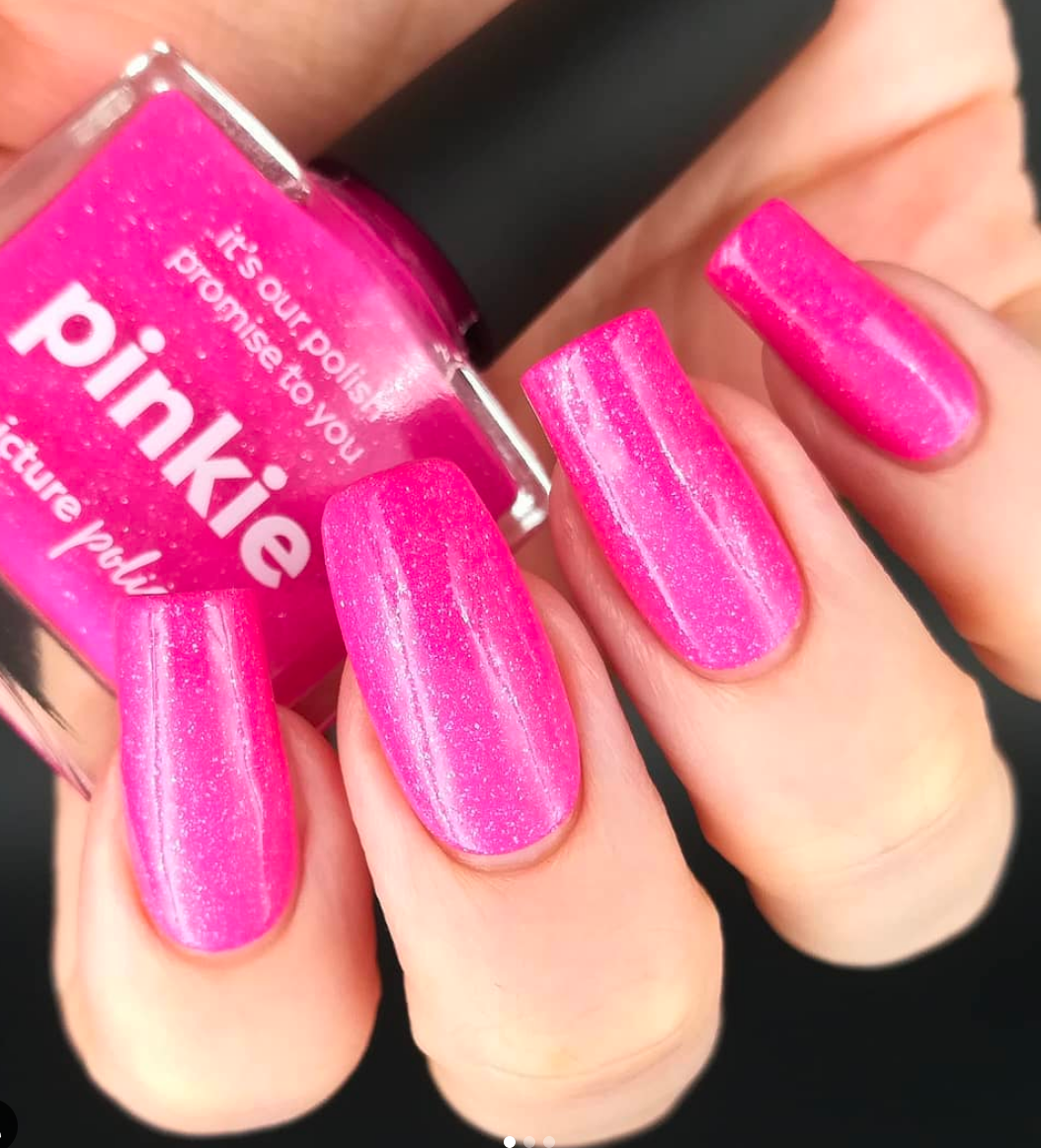 Perfectly Pink Sparkle nails