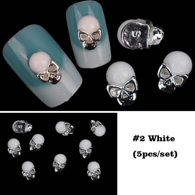 3D Halloween Nail Skulls