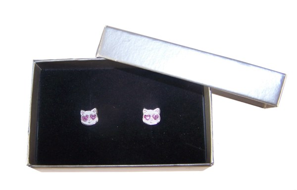 Girls white with pink crystals cat stud earrings-5295