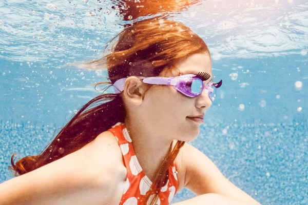 Girls purple with lashes fun sparkly swimming goggles-6328