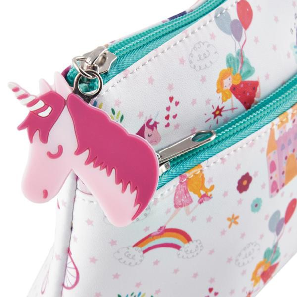Childrens Unicorn utility washbag-5516